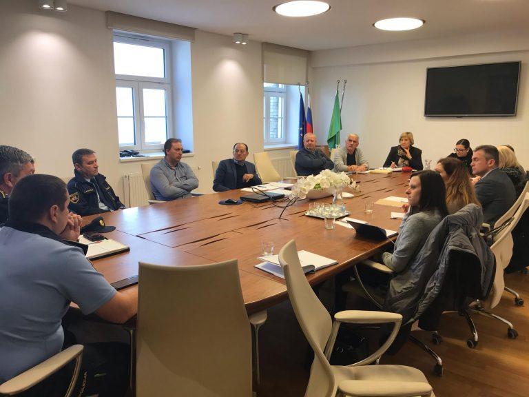 Varnostne razmere v romskih naseljih na jugovzhodnemu delu Slovenije